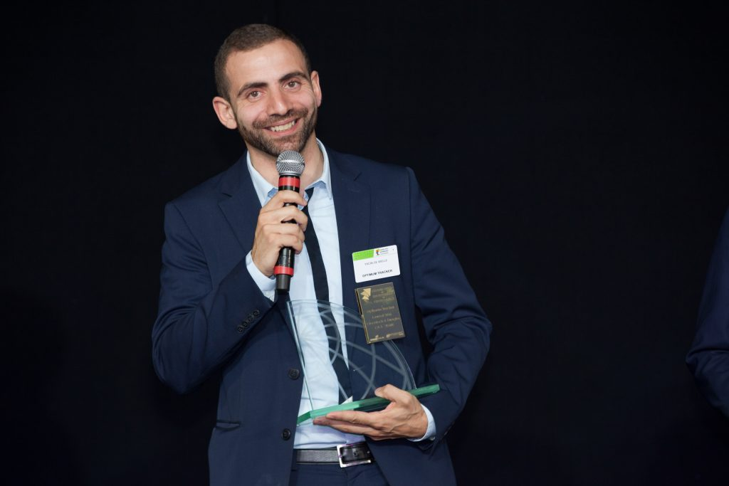 Madyan De Welle receiving the Grand Prix Growth Companies 2016