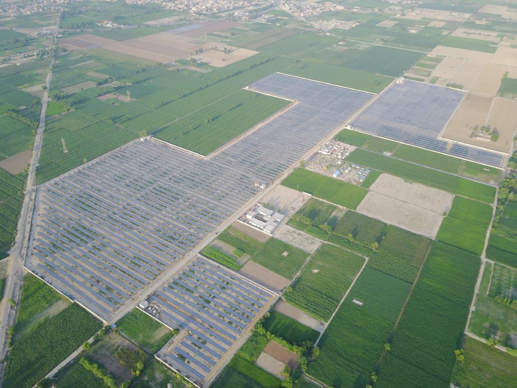 Pakistan trackers solar